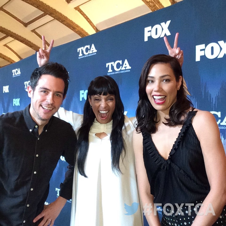 Having fun at #FOXTCA with @BONESonFOX's @johnny_boyd, @TamaraTaylor & @michaelaconlin! #Bones #TCA17