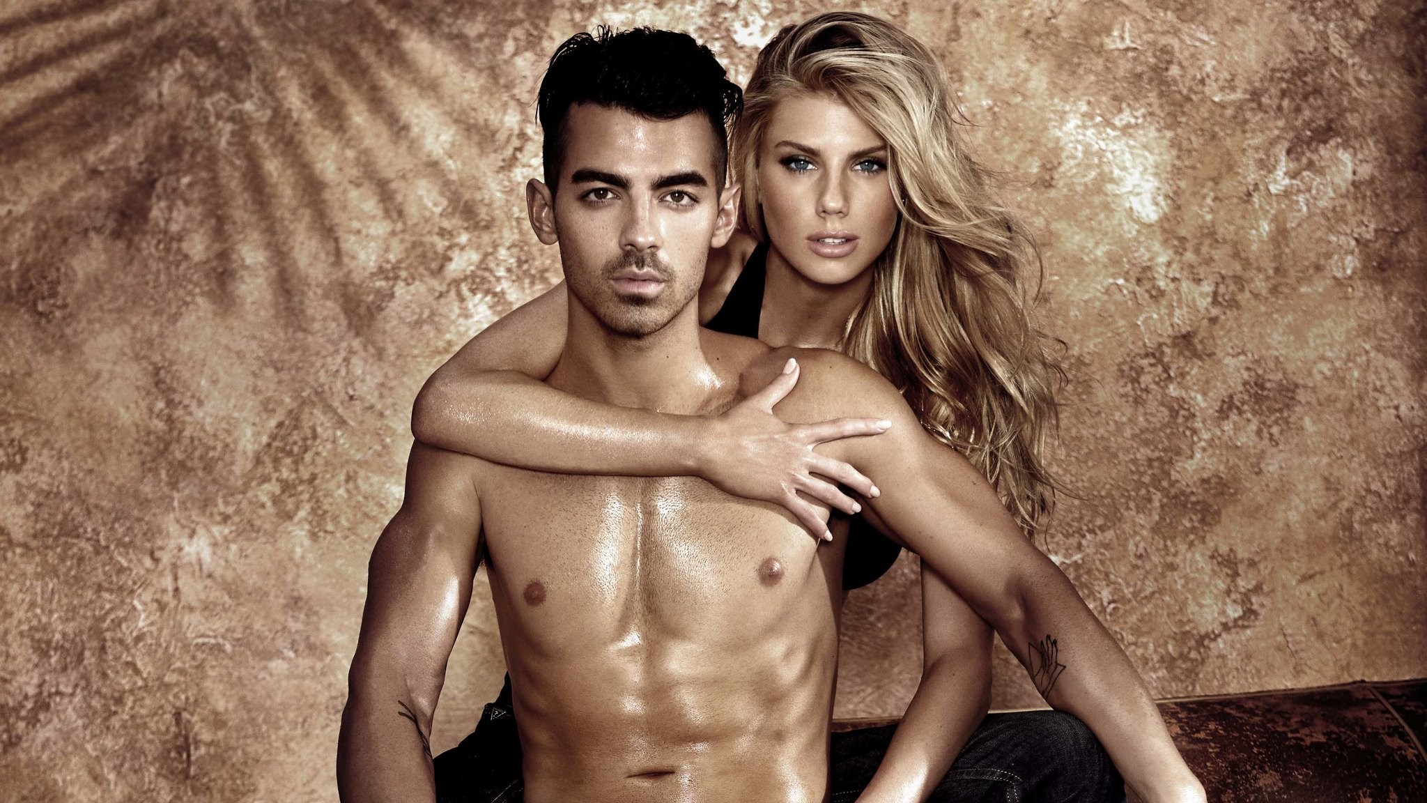Joe Jonas and Charlotte McKinney strip down, grease up in Guess underwear ads https://t.co/z3cvV4QEVV https://t.co/KnezRBlv7J