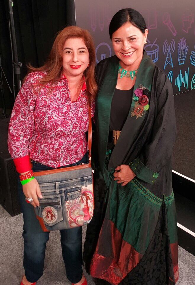 Happy Birthday to Herself, the one and only Diana Gabaldon    Hope you are having the best day!