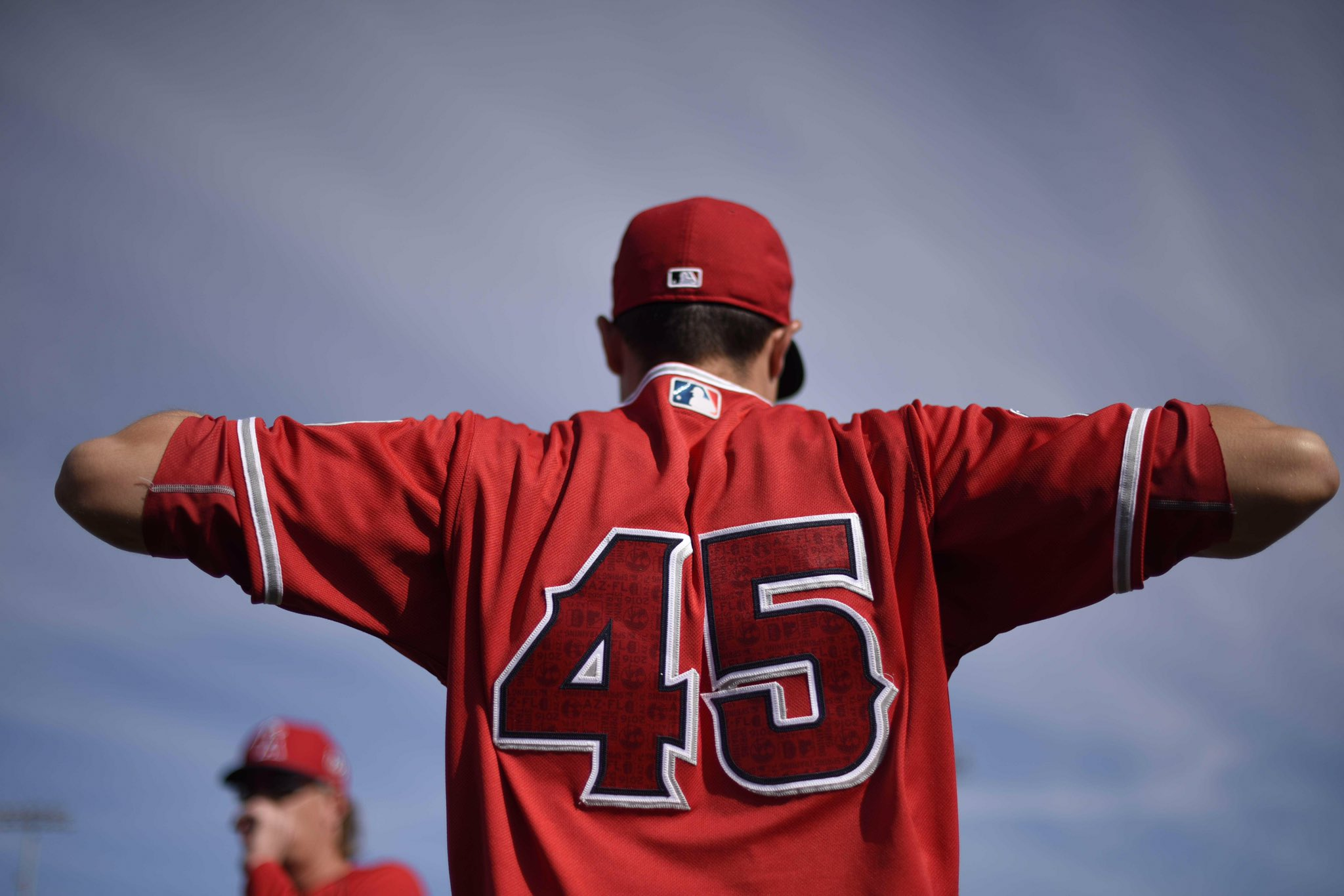 Ready to get BACK to baseball?  @TylerSkaggs37 days until our first #LAASpring game ��: https://t.co/uyyepVLkdG https://t.co/t9KpB0jWph
