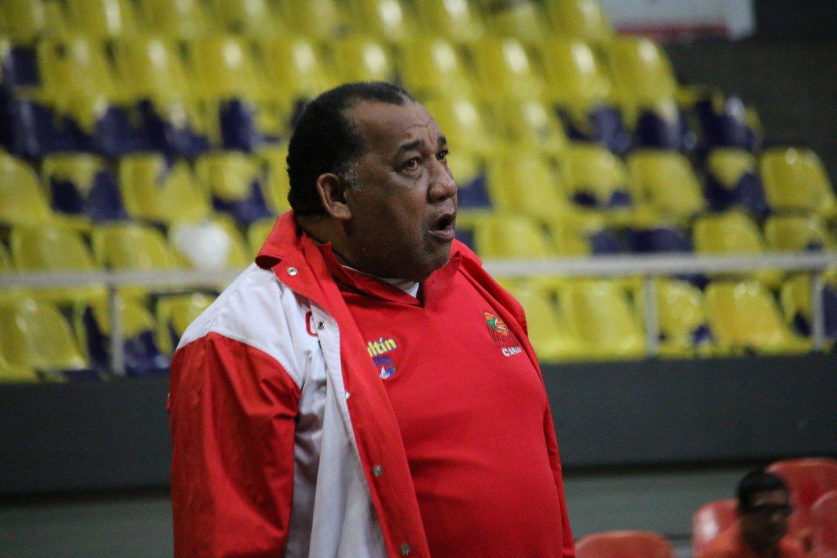 Néstor Salazar
