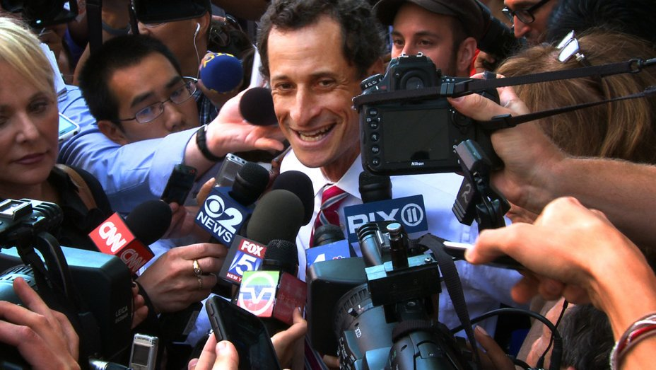 Exclusive: CAA signs 'Weiner' production company Edgeline Films https://t.co/BaS7xOmiuJ https://t.co/bUjd3WUKRn