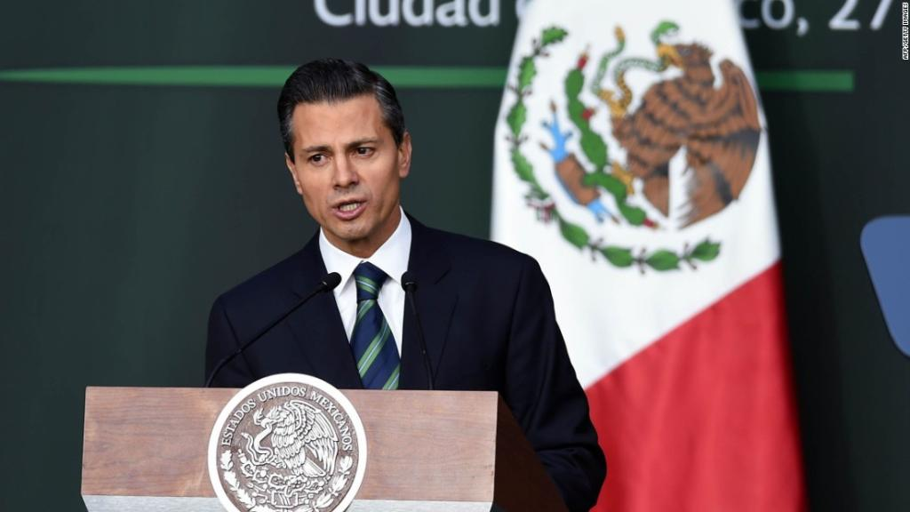 Mexican president: 'Of course' we won't pay for Trump's wall https://t.co/dCG1OtsvYM https://t.co/SywVB4hp2o