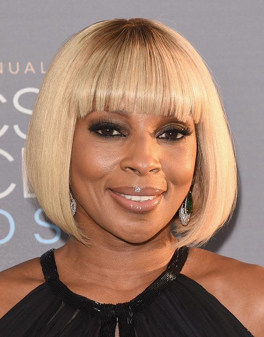 "Happy Birthday to ""The Queen of Hip Hop Soul\"" Mary J. Blige!"