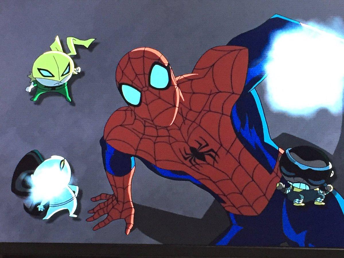 アルティメットスパイダーマンのアイアンフィストが一番好きだなぁやっぱり💙舌だして喧嘩することってアイアンフィストにもあん
