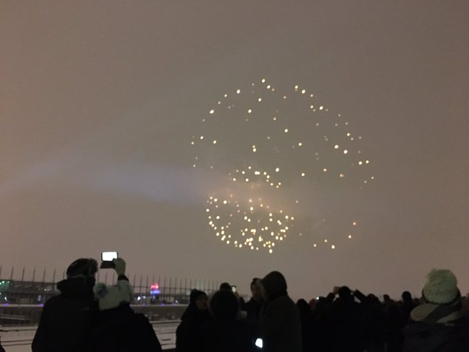 3 pic. Happy New Year from #Montreal https://t.co/Cd4uzjatU1