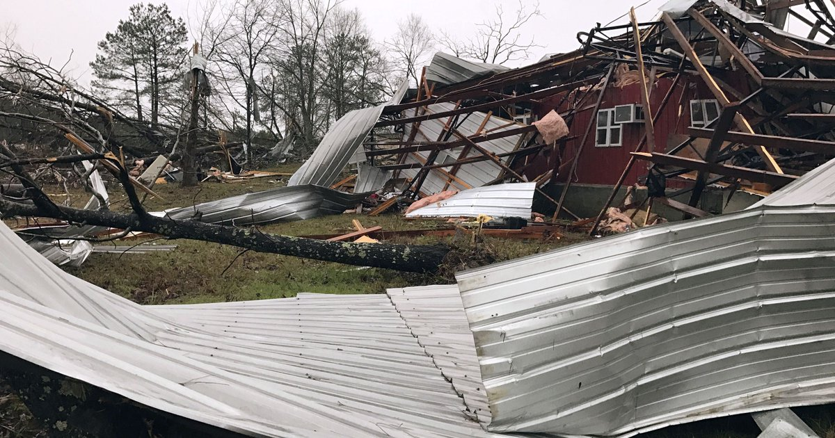 Five dead as severe weather slams South