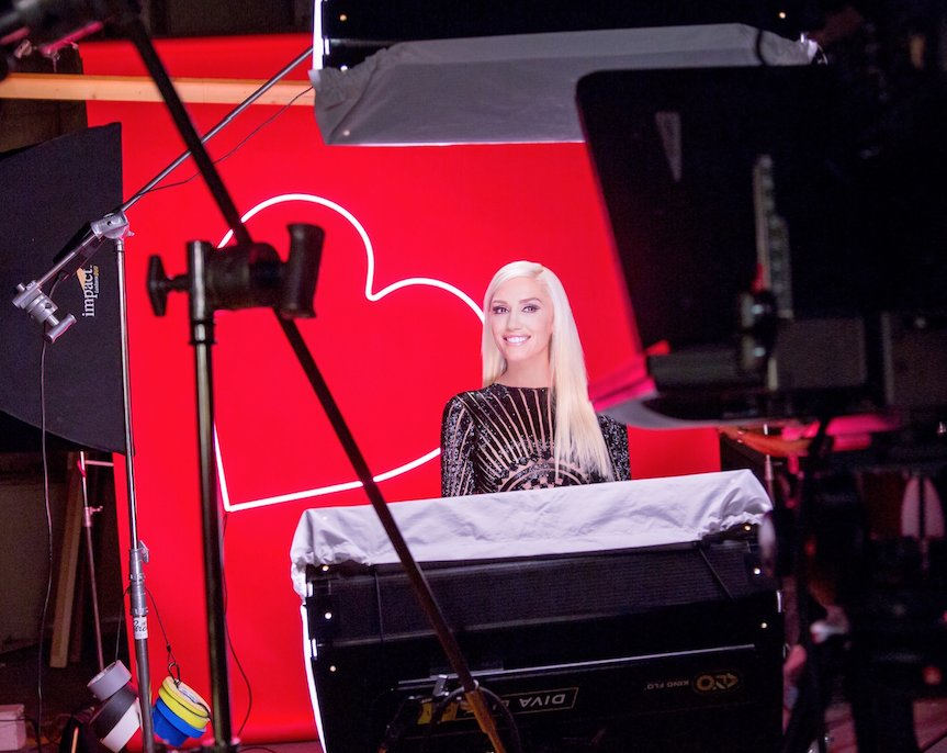 Gwen Stefani announced as Revlon Global Brand Ambassador https://t.co/XNd4xCHcbM @RevlonUK @gwenstefani #ChooseLove