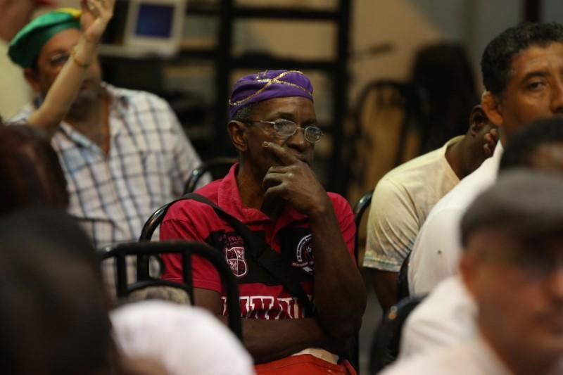 Cuba's Santeria priests forecast prosperity in New Year's prophesy