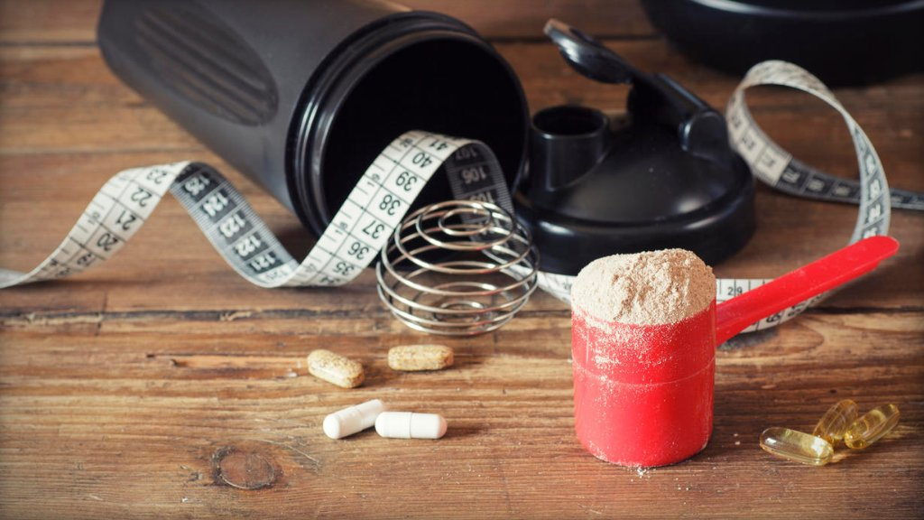 One bodybuilding supplement is too easy for teens to buy, experts warn: