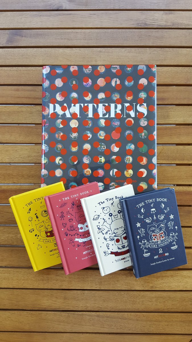 RT @MystAluna: New year presents! Pattern book and all the tiny stories books. :-) @hitRECord https://t.co/kR5HExrmXQ