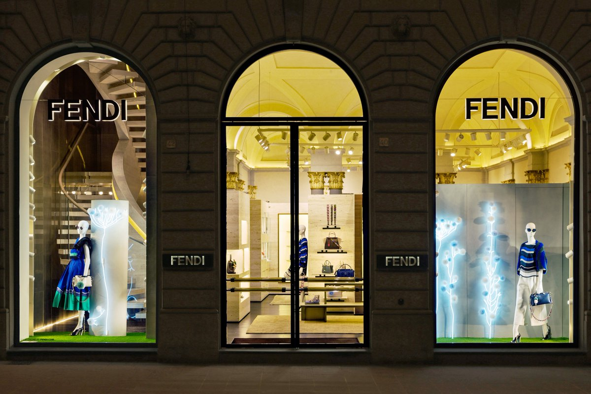 Fendi's Hypnotic Garden installations light up the windows of the #Fendi boutique in Florence, Italy. https://t.co/RVeArY9VNL