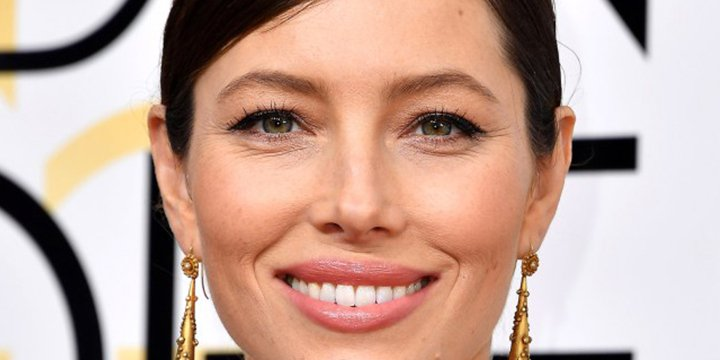Jessica Biel says her restaurant is 'definitely not making money'…yet via @PeopleFood