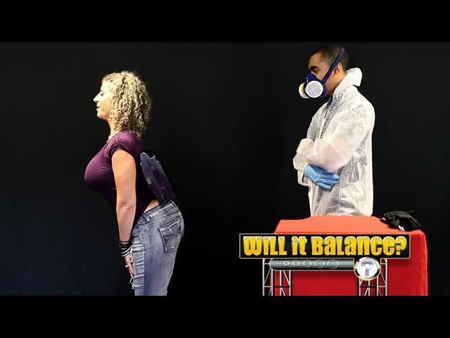 Watch me balance things on my #booty! #WIB #WillItBalance #SaraJayTV #youtubehttps://t.co/eICVjX6lBC