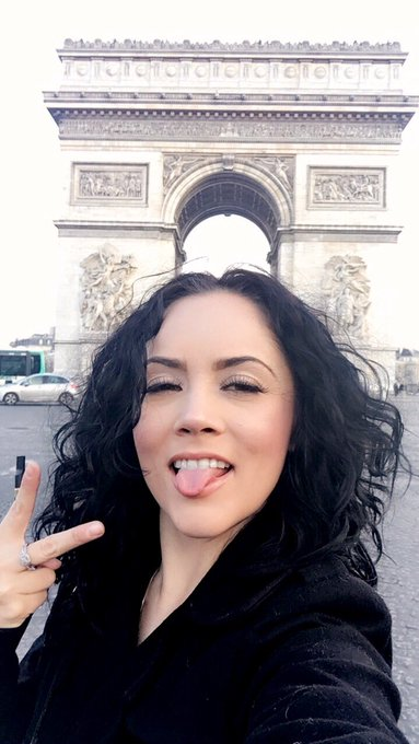 Today... 🇫🇷✌🏼😛 https://t.co/6QaBw5chM9