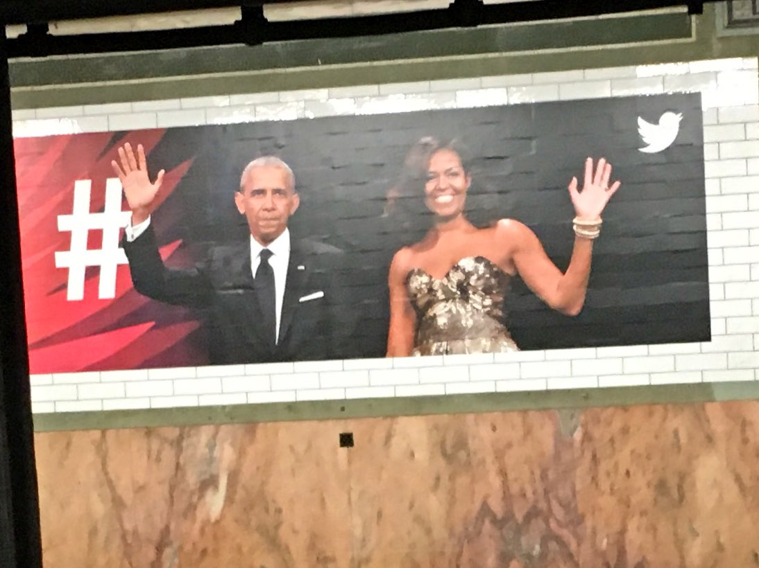 The Twitter ads at this subway station are too emotionally draining. https://t.co/zk6EU0JKZY