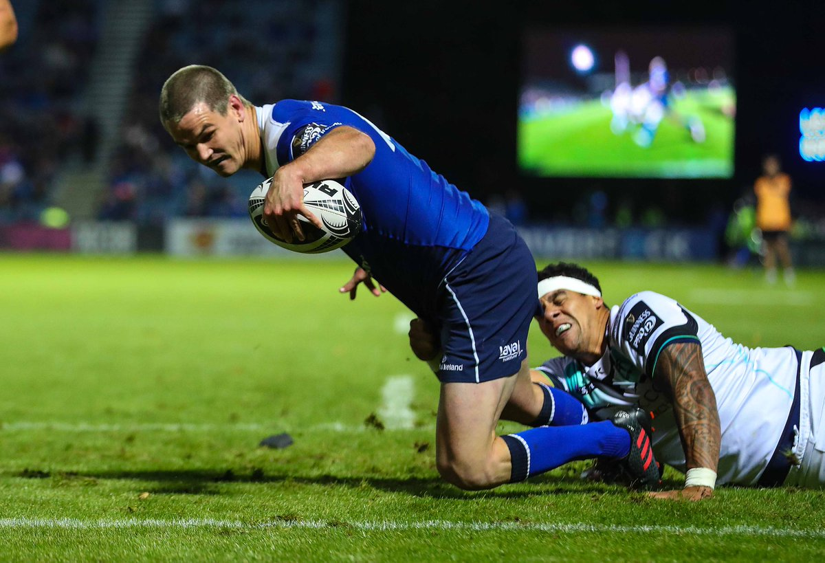 Sexton ON 🔥🔥🔥.  Can't wait to see Johnny back in action. C'mon @LeinsterRugby #LeinsterBlue #LEIvZeb https://t.co/XbaUlKdmYm