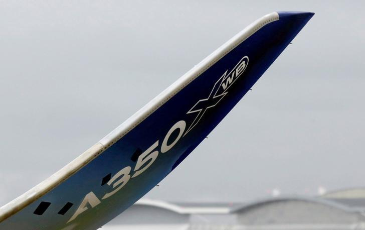 Airbus reached A350 delivery target in 2016: sources