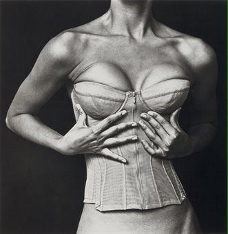 'Dame clases de poesía con tu cuerpo esta noche' #Aute #IrvingPenn https://t.co/9mzCKCCMgb