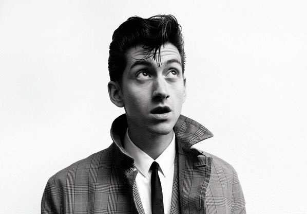 Happy birthday alex turner. i love you so much and your music keeps me going. love you have a great day