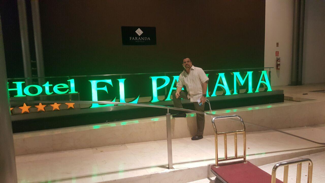 Aquí estamos en Panamá, cumpliendo. Se suspendio el evento, por razones de permisos. Disculpen la molestia causada https://t.co/0cJiBJOK7G