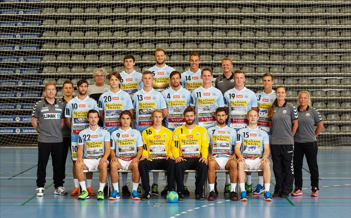 #Handball: Handball
