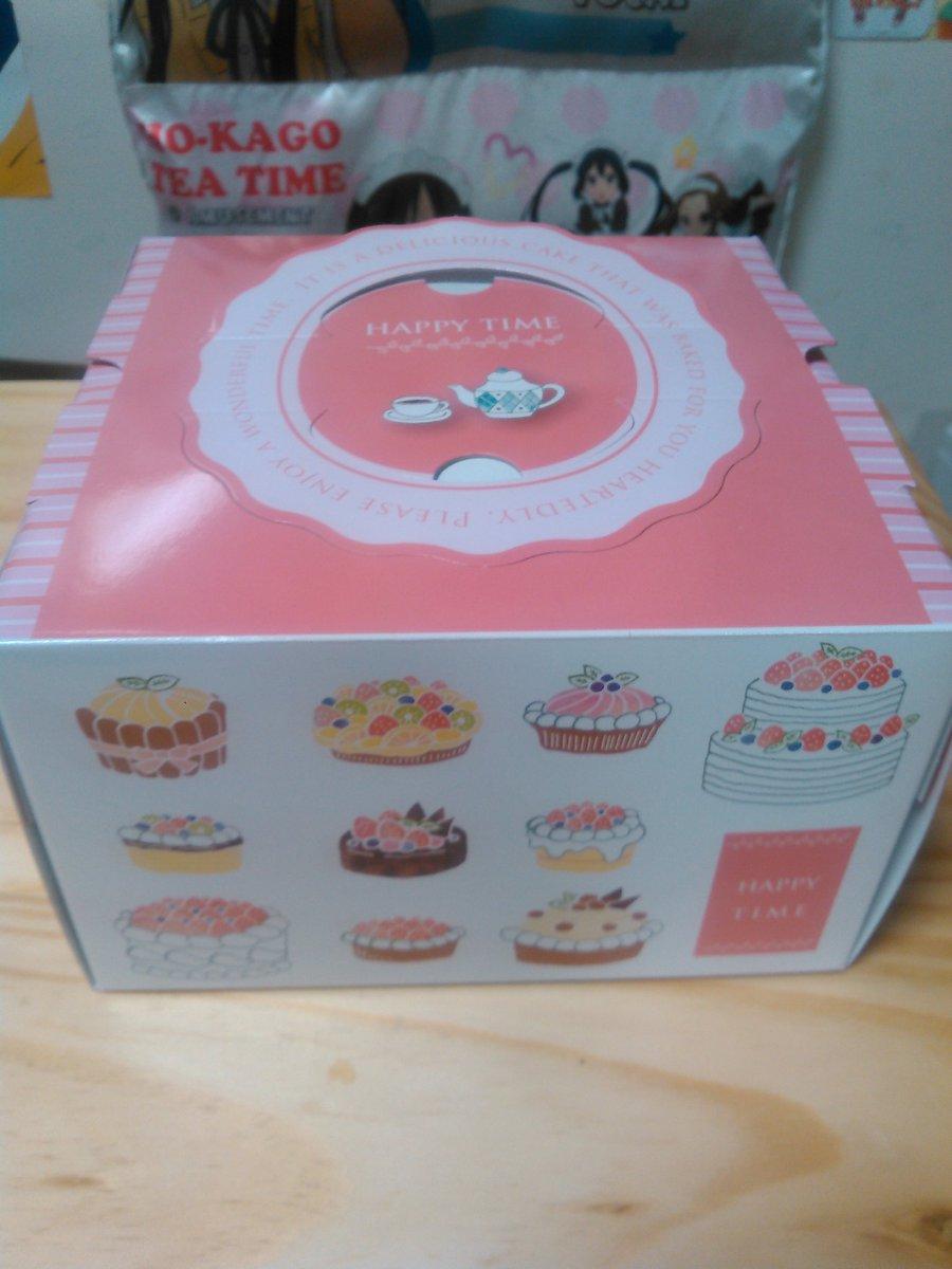 遂に届きました澪様バースデーケーキ!可愛い箱から出てきたのは超絶クオリティの澪様でした!誕生日も近いしこのまま盛り上がっ