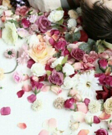 【連愛】恋の華*悪の華 ※ 1/4~7 全公開 小説 恋愛 - 魔法のiらんど 本日まで公開とのこと。