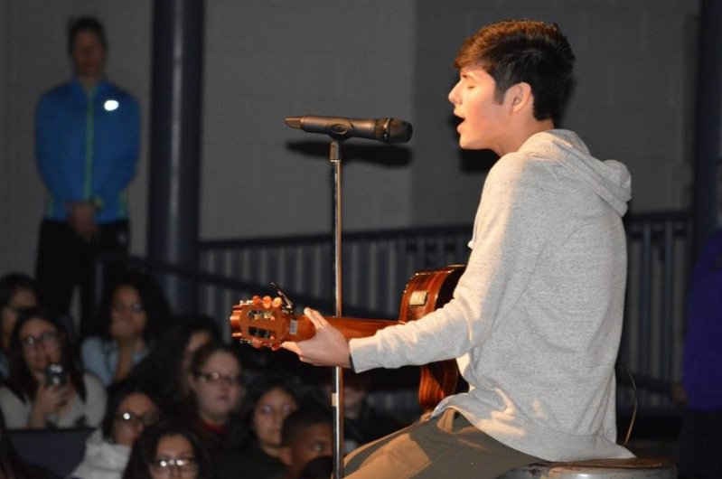 #Belvidere High School's Eddy Baeza takes center stage at special assembly https://t.co/gKi1XIu4gq https://t.co/fzApBMSWHp