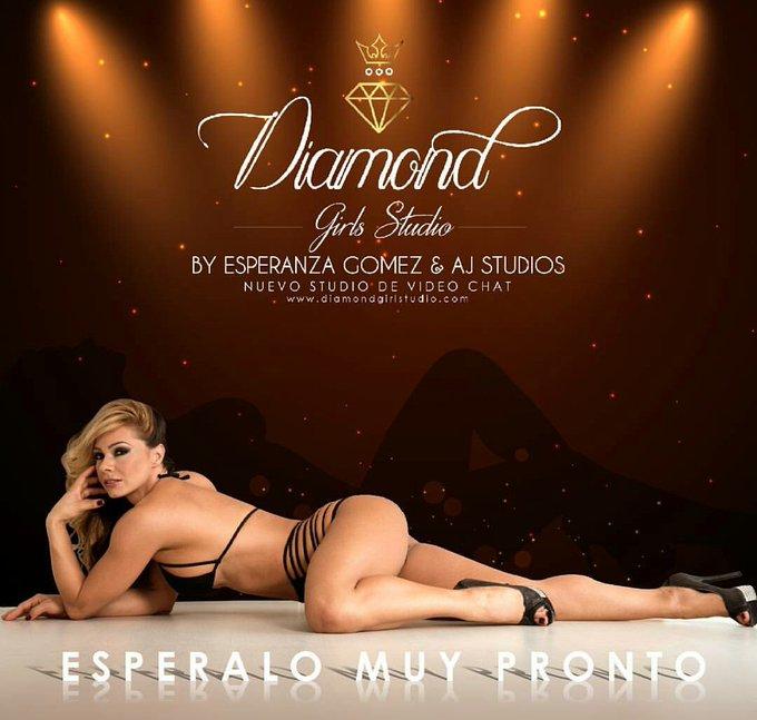 La creación de mi estudio de Webcam @DiamondGirlsStu con @AJStudiosCo es un un lindo #RecuerdosdeMi2016