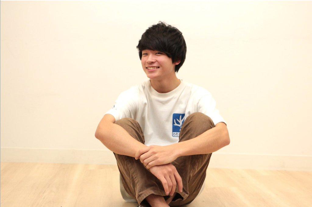 すしらーめんりくくん めちゃかわいい ちゅうしたいねんけど 高校生だって すてき まずね、この笑顔さいこう 犯したくなる⬅  最近どはまり。 動画見まくり。 https://t.co/82RPZMued0