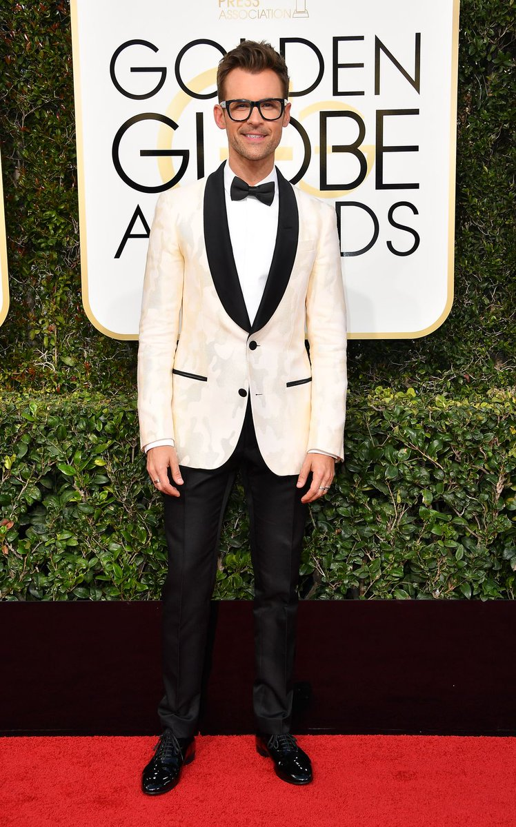 #SpottedinBally: @mrbradgoreski wore a Bally tuxedo at the @goldenglobes. #GoldenGlobes https://t.co/Puuc539dF9