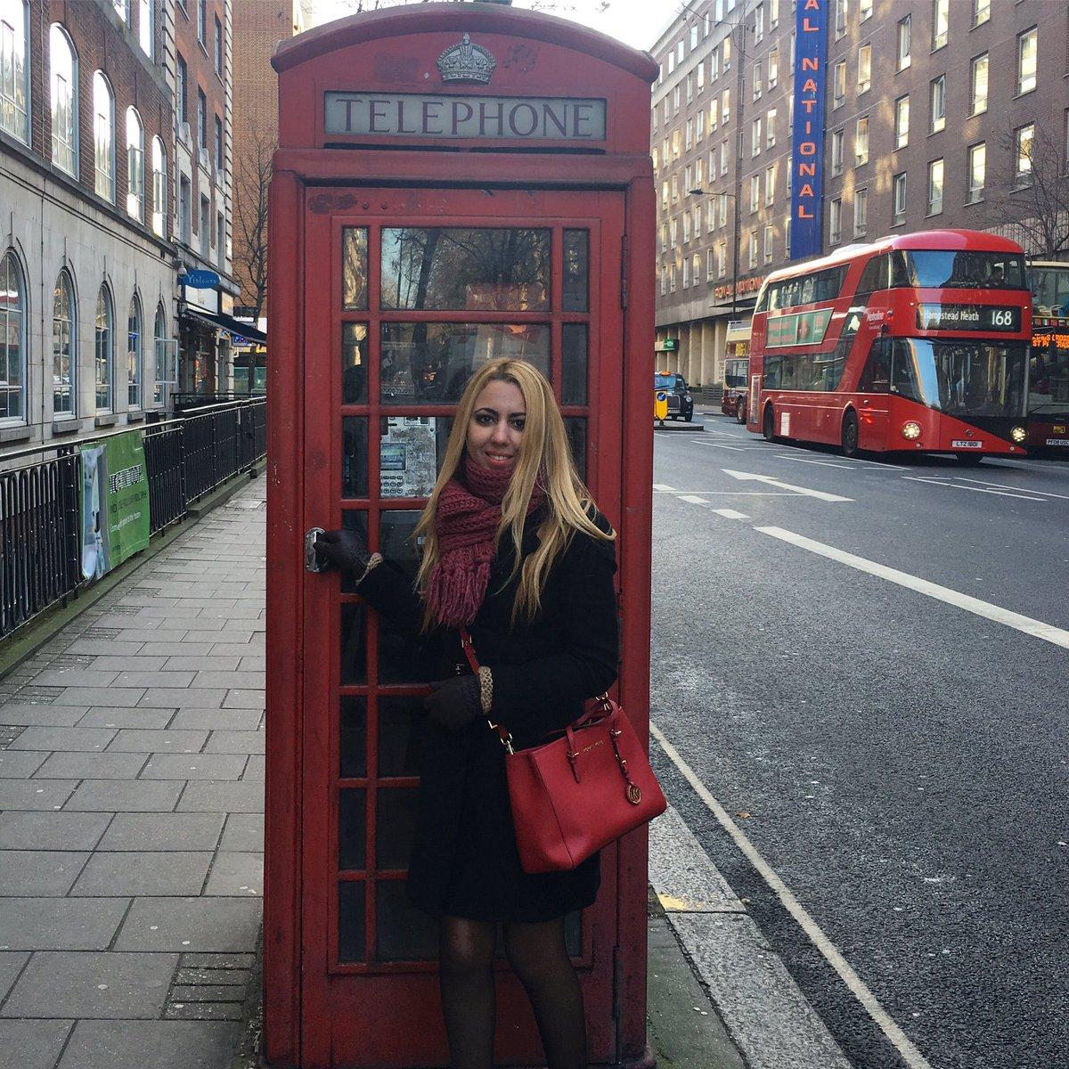 RT @zaida_ward: Típica cabina ☎️📞 #london #uk #travel #greatbritain #england #londres https://t.co/dMEIfgydmD