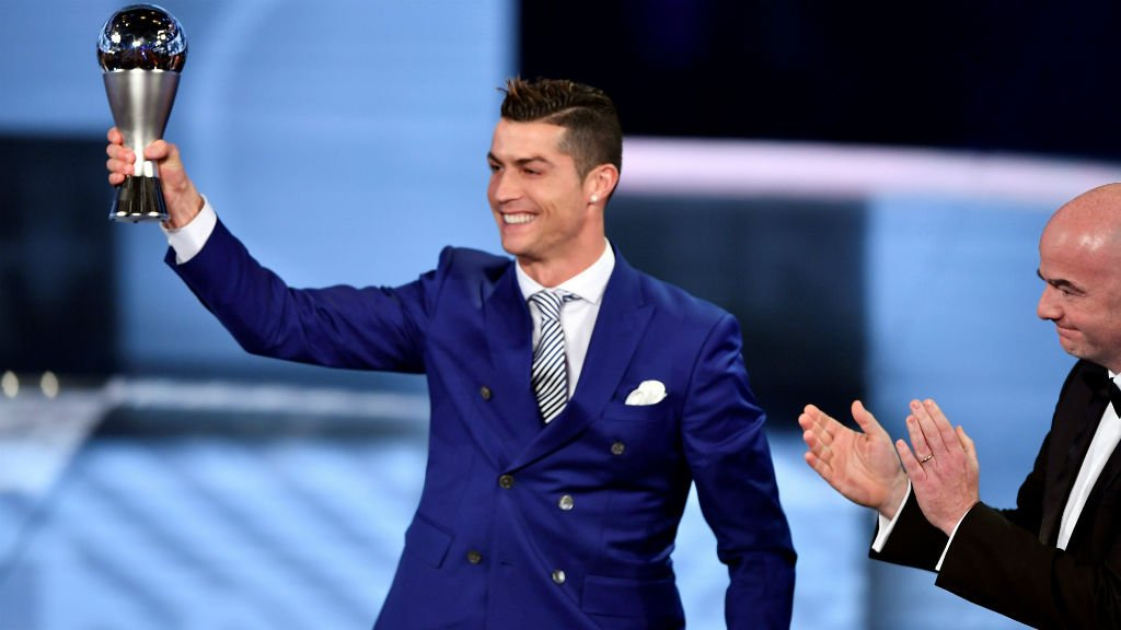 Cristiano Ronaldo wins FIFA Player of the Year 2016 award