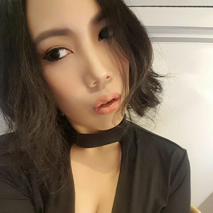 Come join me, or you'll be left behind #BIGOLIVE > แชร์ๆๆๆ.  https://t.co/moAEh9XQ1T https://t.co/PZaMXSC0RD