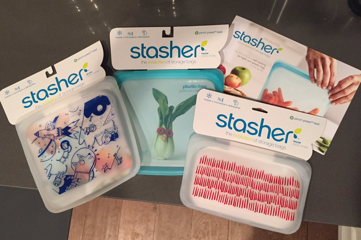 Obsessed with these reusable/washable/freezable/microwaveable storage bags! Waste less in 2017! @stasherbag #notanad https://t.co/Rs5IbxW0SX
