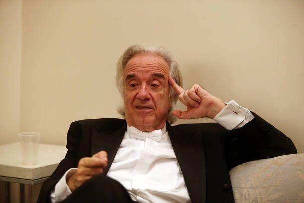 Maestro João Carlos Martins é internado em São Paulo https://t.co/KjKYxnU8bx