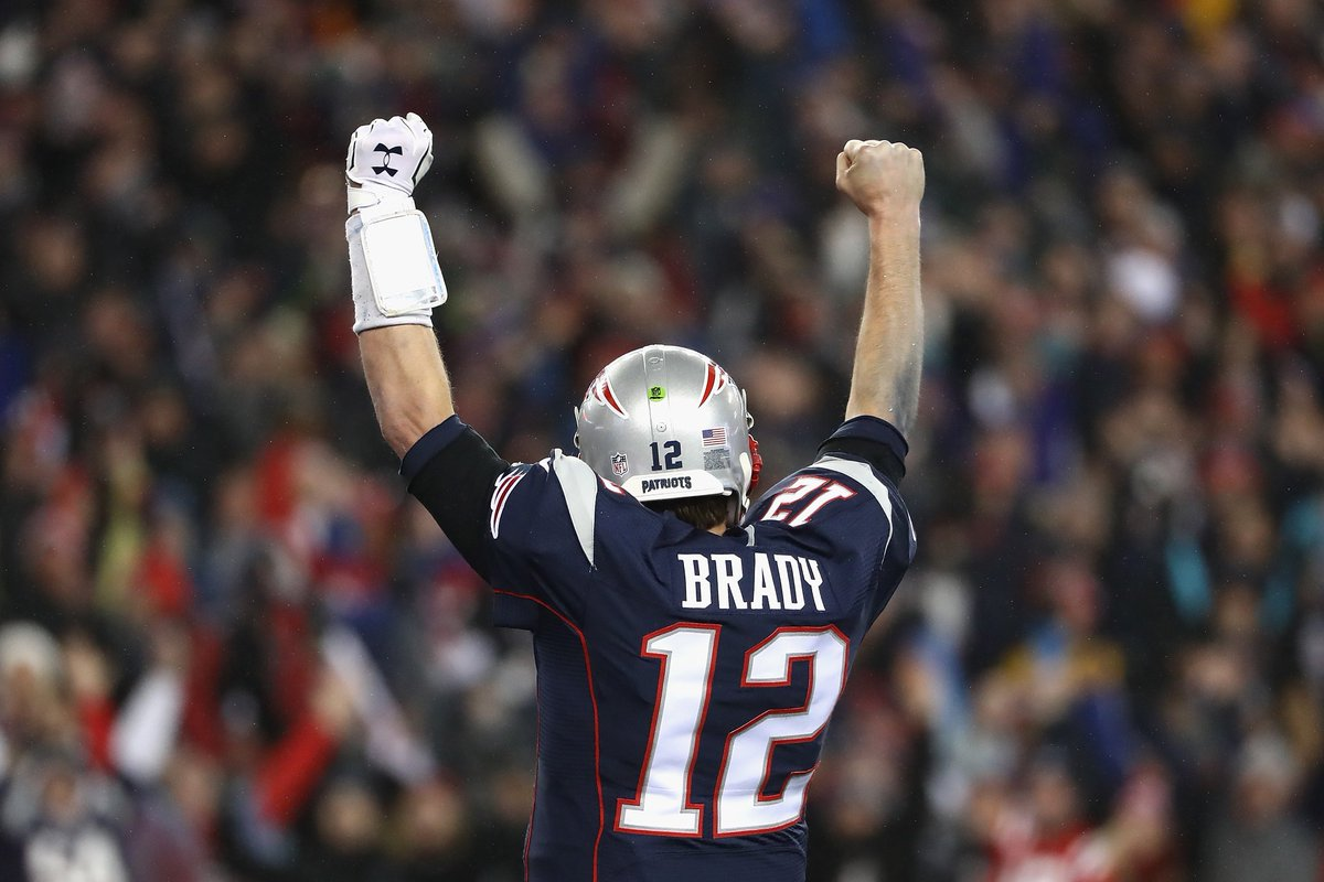 Just in: Tom Brady leads Patriots back to Super Bowl with 36-17 rout of Steelers. New England to play Atlanta — @AP