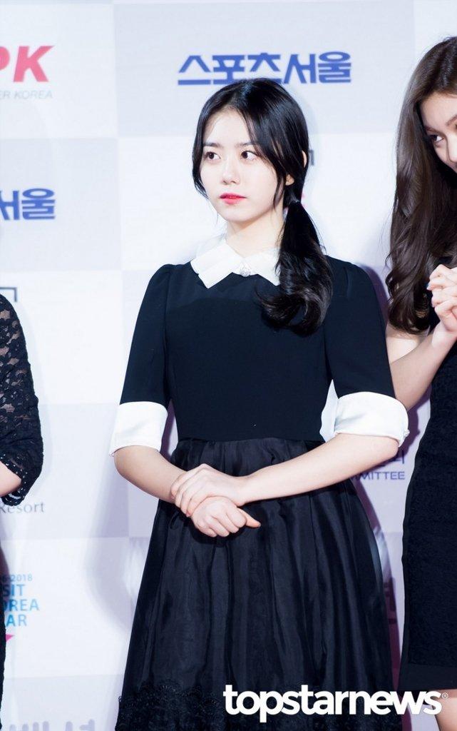 [HD포토] 아이오아이(I.O.I) 김소혜, '어여쁜 소녀'  #서울가요대상 #아이오아이 #IOI #김소혜. https://t.co/QCPWKflJui