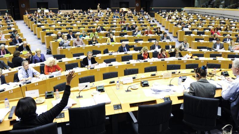 War of words breaks out between EU Parliament's @TheProgressives and @ALDEgroup https://t.co/Vk7DoiWDeP #EPpresident https://t.co/wrnWd1reCi
