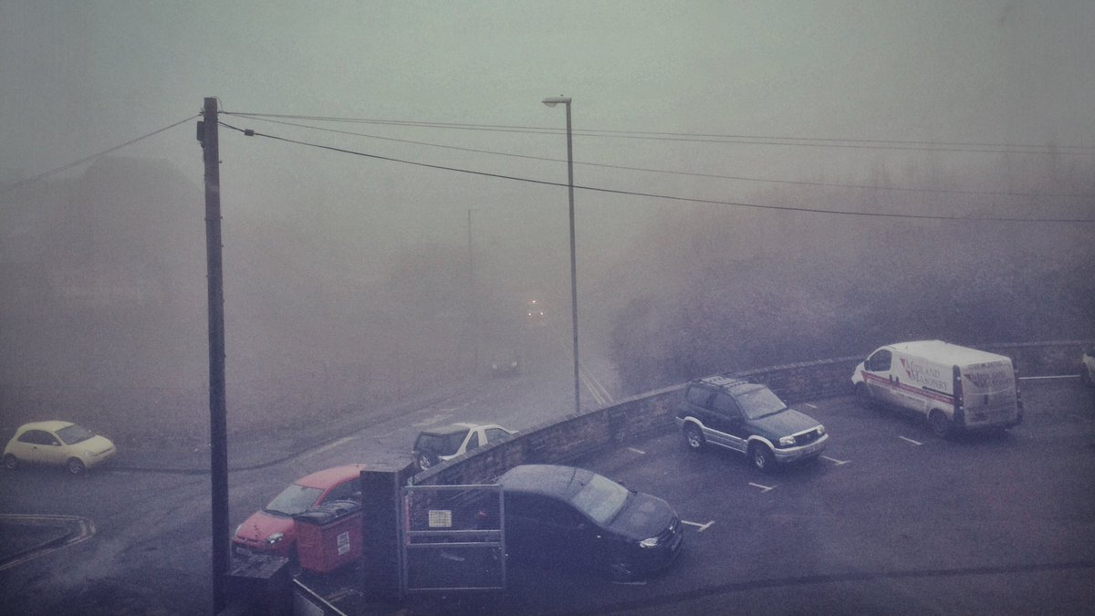 The fog is intense today! Will only add more tension to the #showreel scene I'm shooting this morning. 🎥🎬 https://t.co/aJq94DTdC7