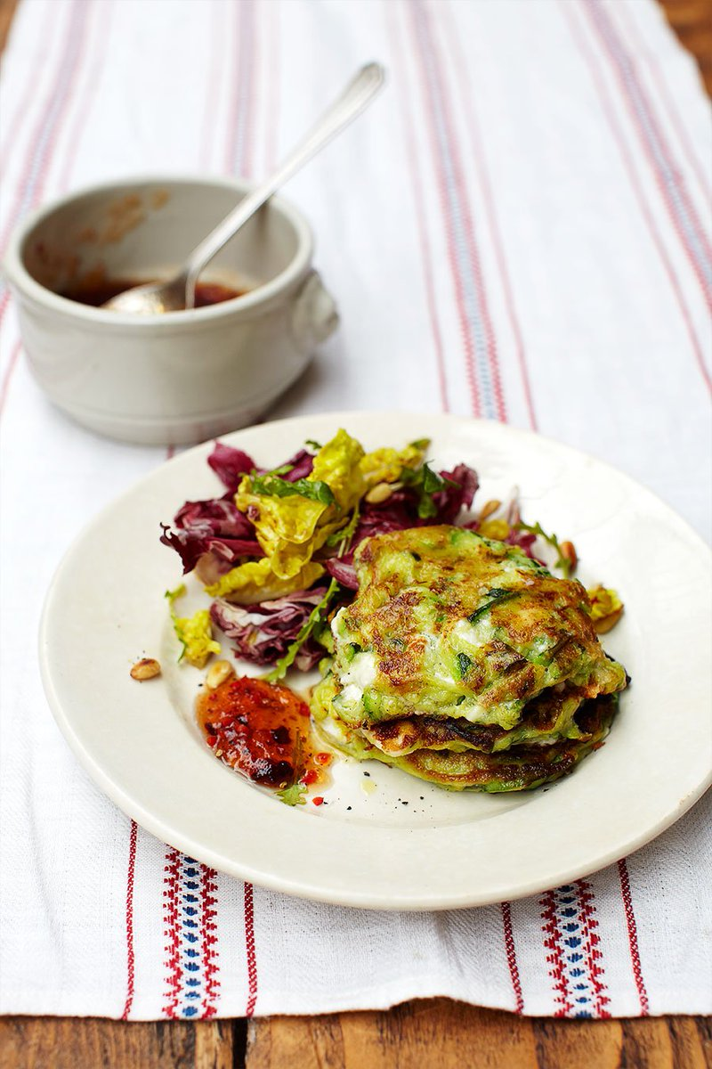 RT @JamieMagazine: A speedy #meatfreemonday supper – super-tasty courgette fritters https://t.co/fYuI40j1ZM https://t.co/ZiQU6lzetX