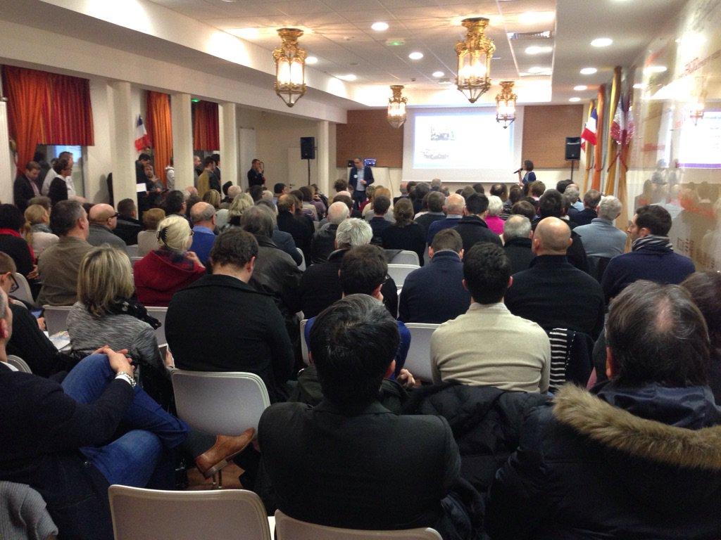 #Nancy Plus de 100 personnes à une réunion d'information #EnMarche pour promouvoir la candidature #Macron