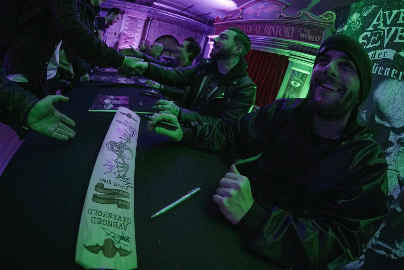 Vlauder Lauders General Store Meet and Greet Signing! Thank you everyone! #thestageworldtour ��: @rafacore https://t.co/O4RsgKCp17