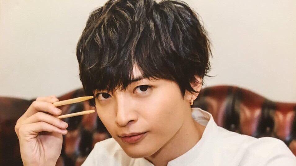 おはよう💭最近、東京喰種のマンガを1巻から夢中で読んでます。授業つまらんし(笑)今日の枠は10時半頃を予定してます