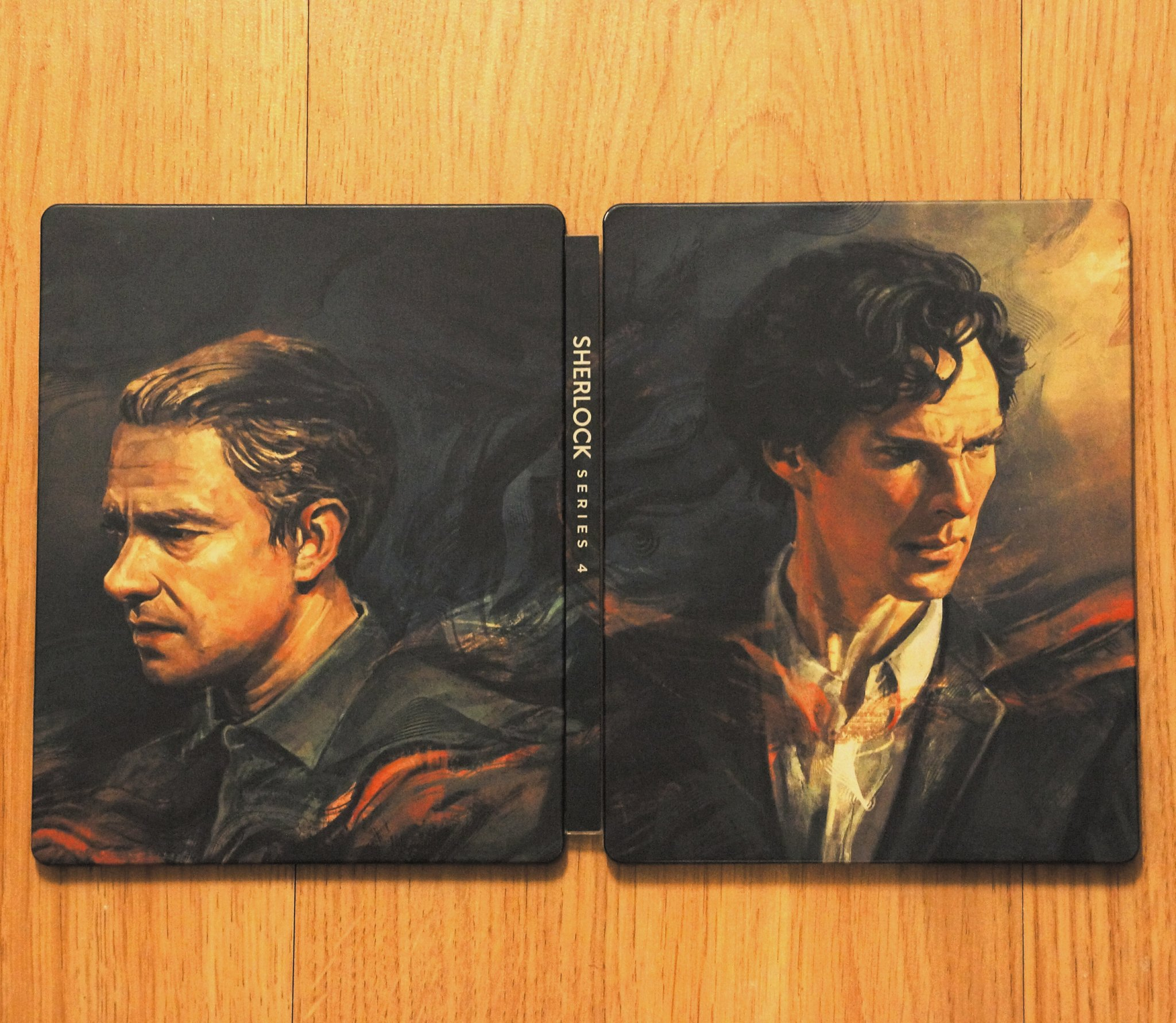 That beautiful #Sherlock S4 Blu Ray Steelbook is in our hands - and best of all, the spines DO align! #OCD https://t.co/dESF6geOwh