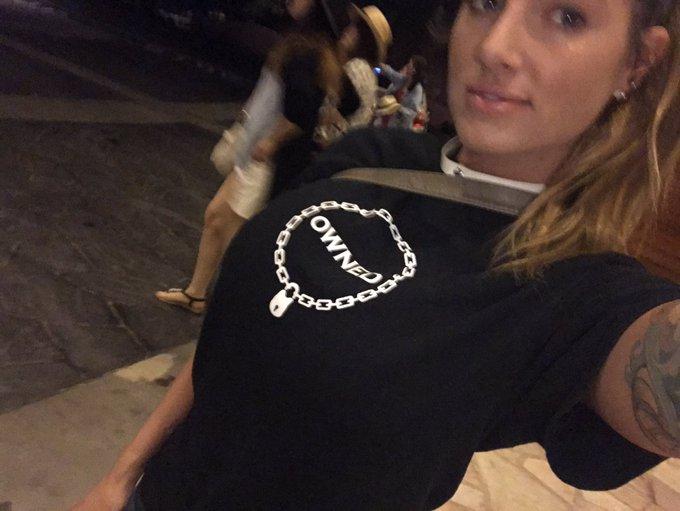 🍕 time  #teaganpresley #hawaii #collar #owned https://t.co/eJP2YCkGmM