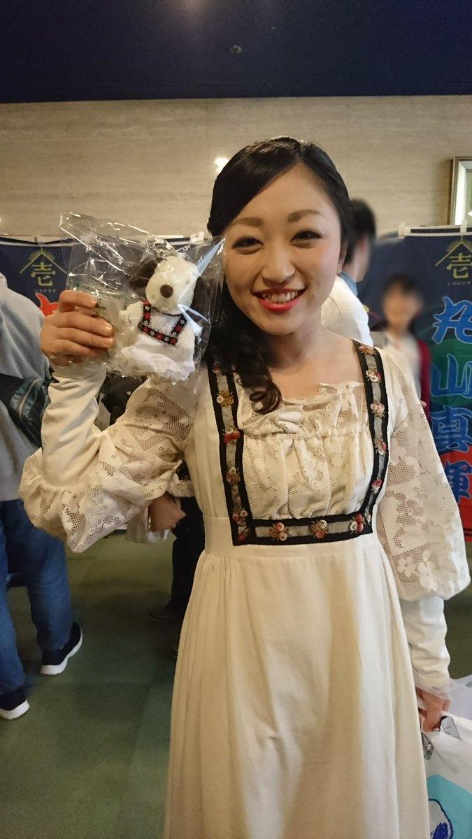 笑顔の斎藤夫人と斎藤夫人スヌーピーのツーショット。疲れきった心が癒されます…。スヌーピー衣装は完全再現とまではいかなかっ