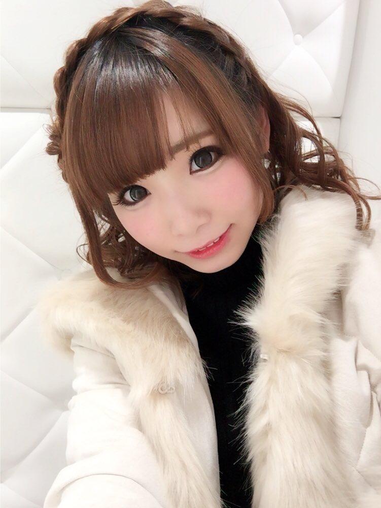 1月28日.29日 横浜アリーナで行われる ライブ「ワルキューレがとまらない」の会場にて 歌マクロス先行体験プレイ会を開