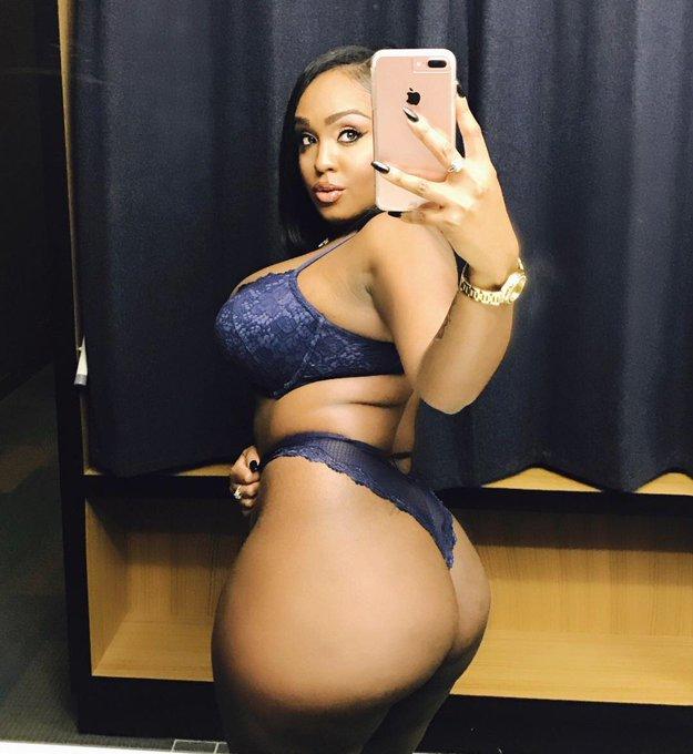 Curvy black pornstar Layton Benton shows big butt  № 940629 загрузить